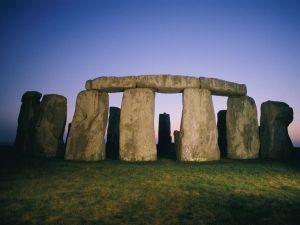 stonehenge-dusk_5000yrsold