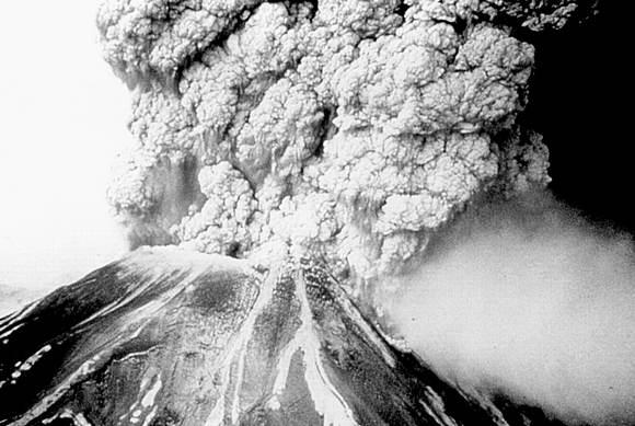 Mount-Pelee-eruption-